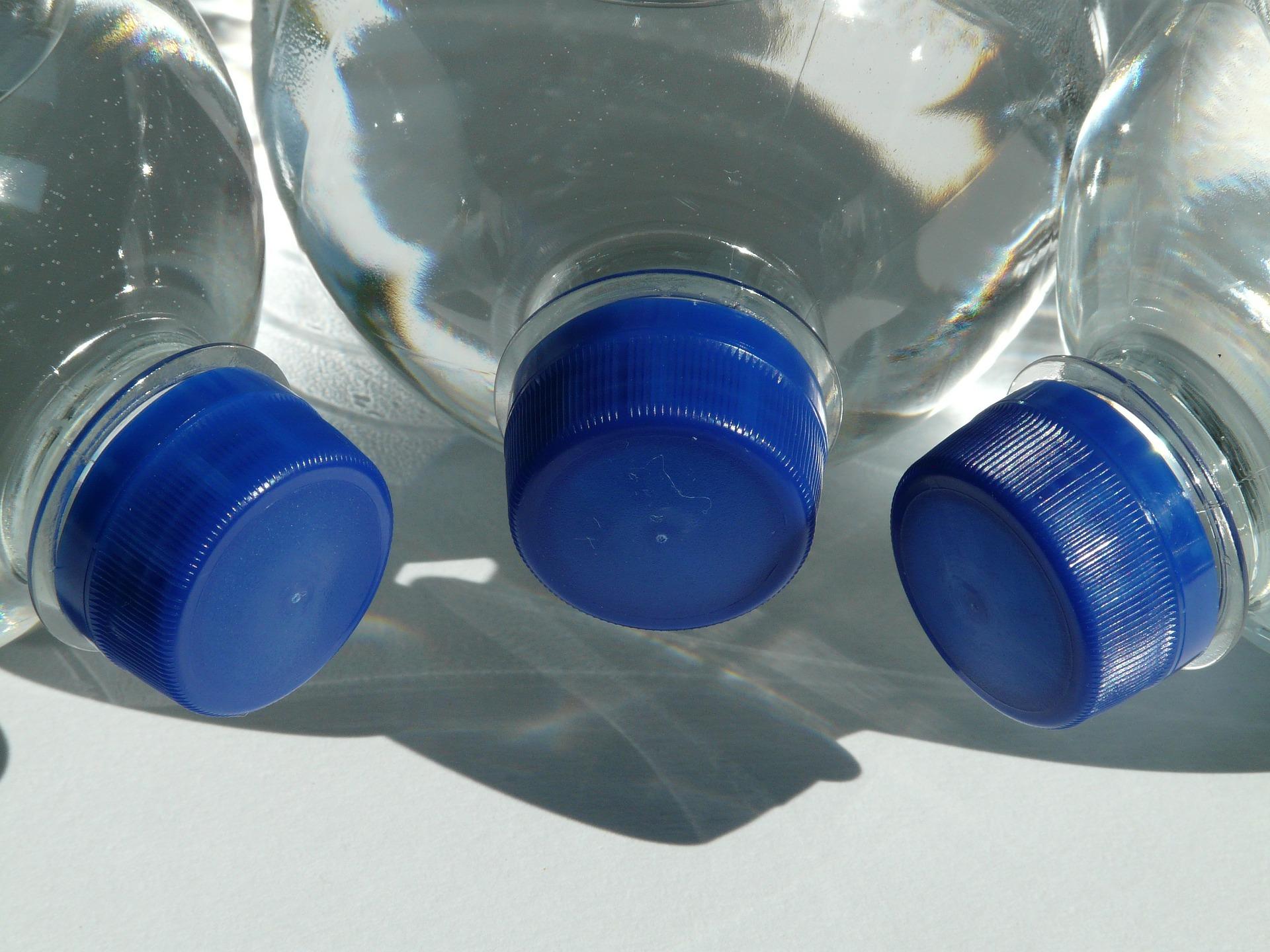 Woda niegazowana - smaczna i zdrowa